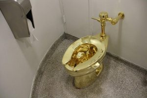 Toilet Gold America Trump Cattelan