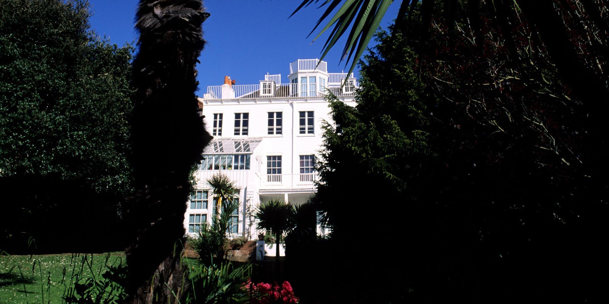 Victor Hugo Guernesey Hauteville House